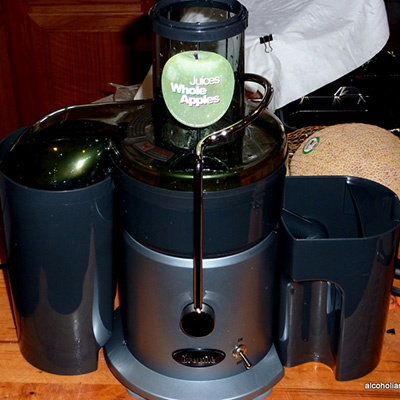 Best Juice Extractor Breville JE900
